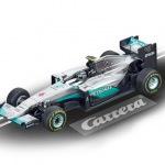 Carrera GO!!! / GO!!! Plus Mercedes AMG Petronas F1 W07 Hybrid N.Rosberg Nr.6 Art.Nr. 64096 / Verfügbar im Handel ab KW 31 (31. - 04.08.2017)