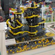 Hubelino Kugelbahn pi in der Sonderausstellung innovativstes Spielzeug auf der Messe 2019