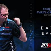 Red Dragon David Evans Stretch beim European Darts Grand Prix