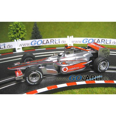 Carrera GO!!! / GO!!! Plus Formel 1 McLaren-Mercedes MP 4-22 Nr.1