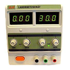 Labornetzgeraet regelbar 3003 30 Volt / 3 Ampere Carrera...
