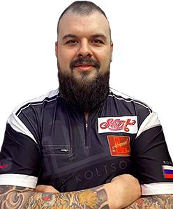 Dart Spieler Boris Koltsov Shot Darts