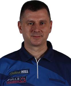 Dart Spieler Krzysztof Ratajski Bull´s Darts