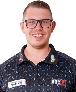 0ne80 Dart Spieler Lukas Wenig