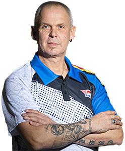 Dart Spieler Mario Vandenbogaerde one80